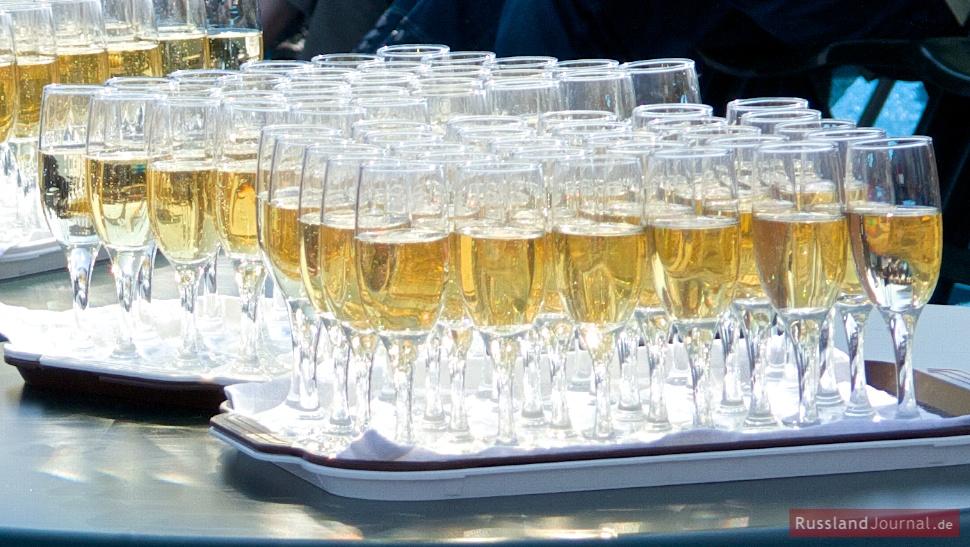 Russian Drinking Toasts – RusslandJournal.de English