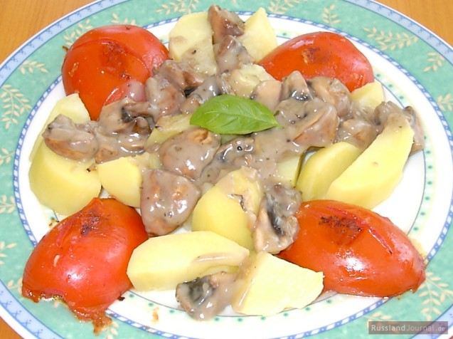 Tomatoes and Potatoes in Mushroom Sauce