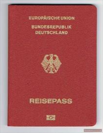 Красный заграничный паспорт ФРГ