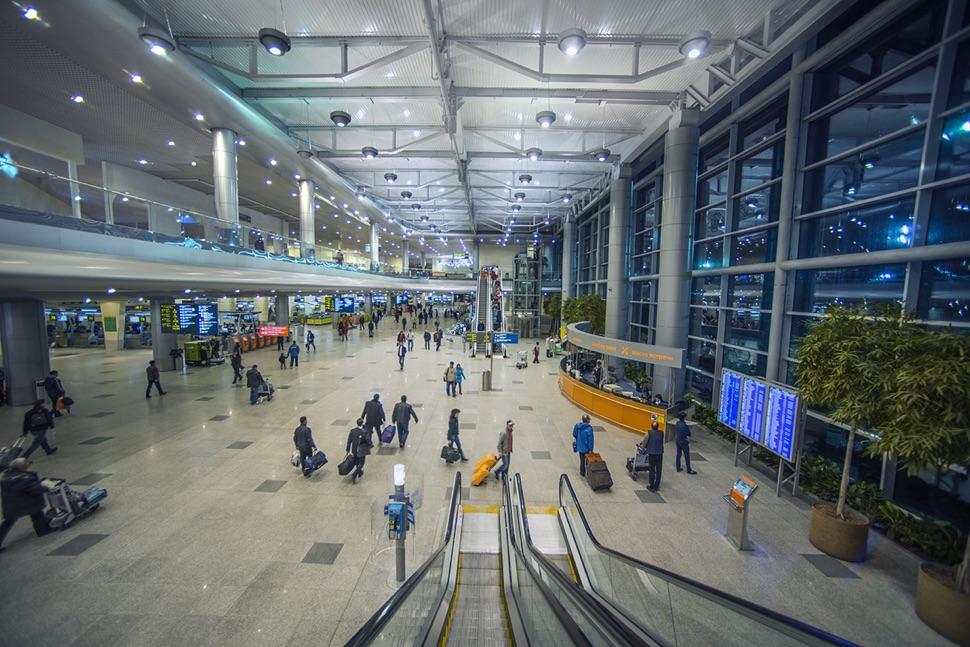 Ein Terminal des internationalen Flughafens Domodedowo in Moskau