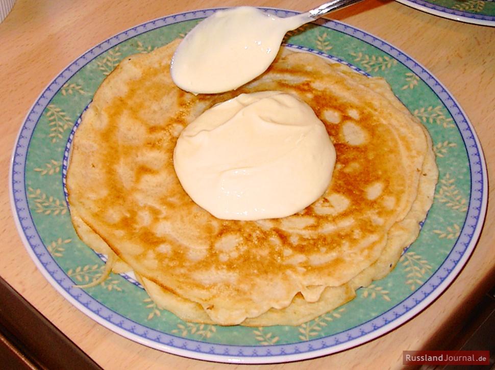 Blini Russische Pfannkuchen Russlandjournal De