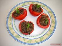 Tomaten mit Pilzkaviar