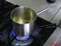Honig für Wachtel erhitzen