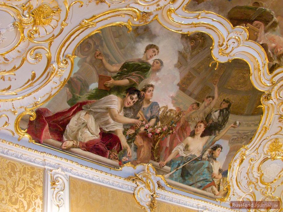 Fragment der Deckenmalerei im kleinen Empfangszimmer