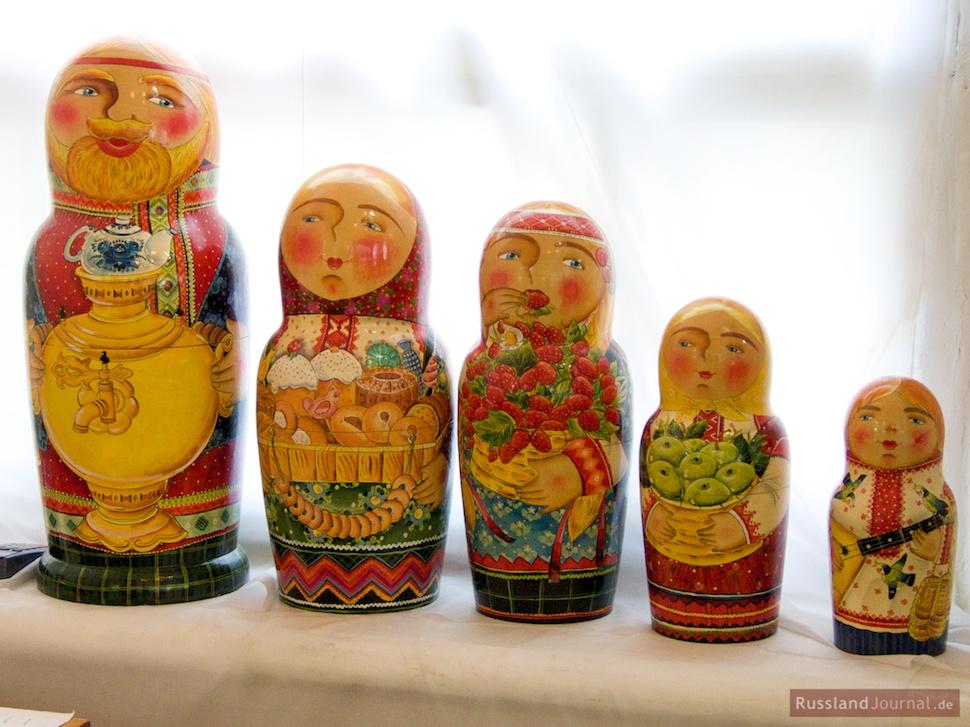 Matroschka zu Feiertagen