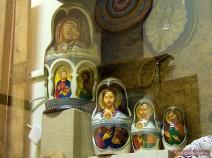 Matroschka mit religiösen Motiven
