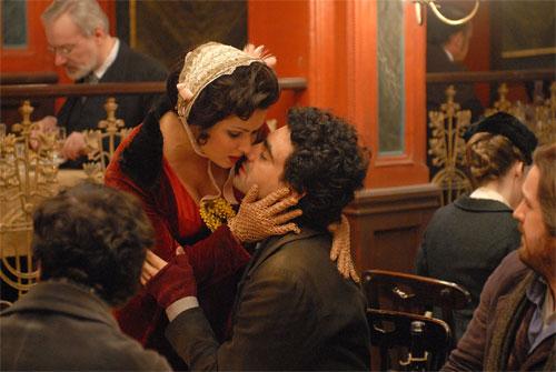 """La Bohème"" mit Anna Netrebko und Rolando Villazón - Filmszene © MR-Film, Fotographen Hubert Mican und Petro Domenigg"