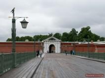 Johannesbrücke: Der Haupteingang in die Peter-Paul-Festung