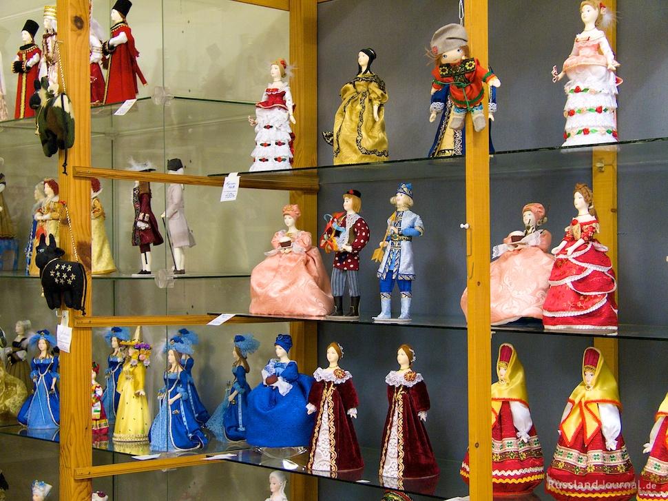 Puppen aus der Werkstatt im Museumsshop