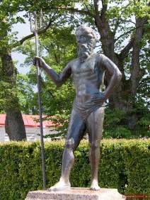 Neptun Skulptur im Unteren Park