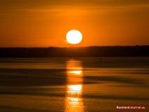Sonnenuntergang am Fluss Scheksna