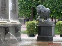 Wasserspeiender Löwe
