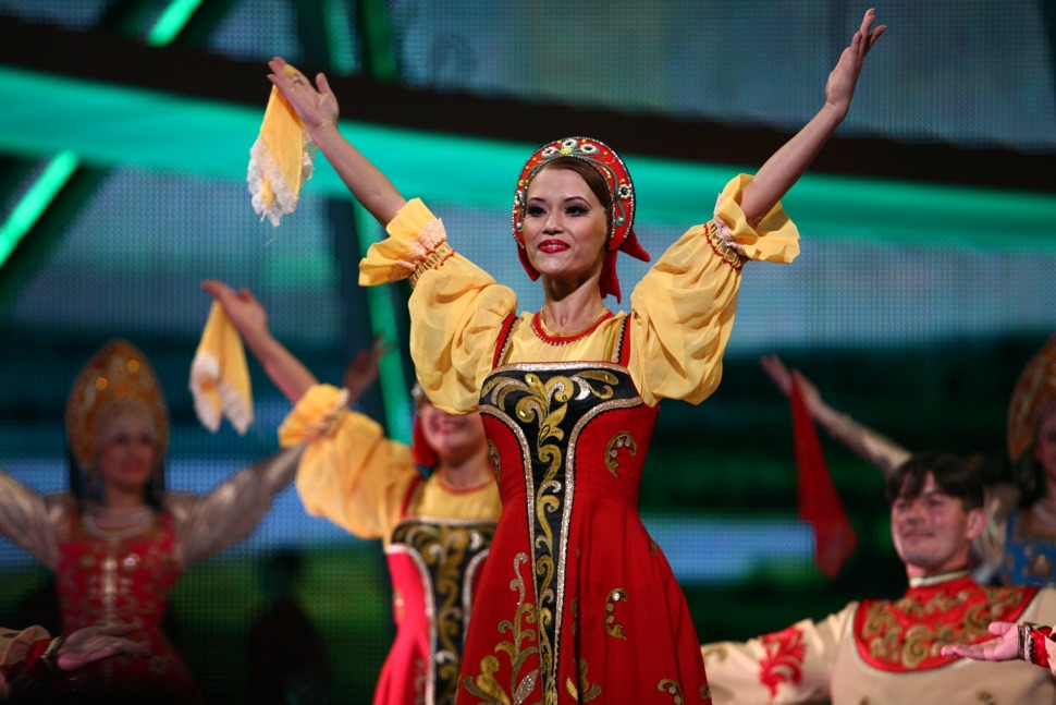 Auftritt des Alexandrow Gesangs- und Tanzensembles der Russischen Armee