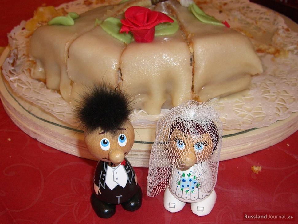 Brautpaar als witzige Tortenfiguren