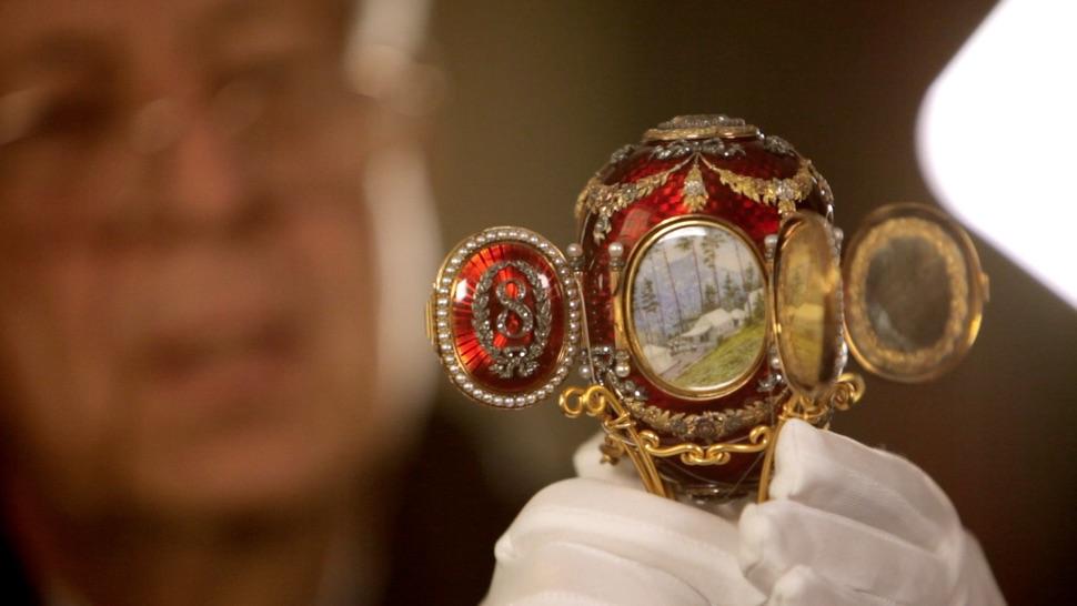 Rotes Faberge-Ei Kaukasus