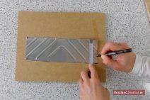 Alustreifen mit Markierungen für alle 2 cm auf der schmalen Seite